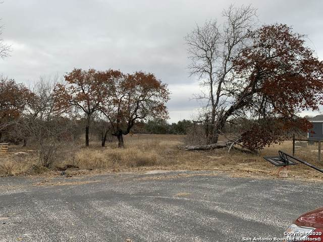 23006 Post Oak Park, San Antonio, TX 78264 (MLS #1500966) :: Vivid Realty