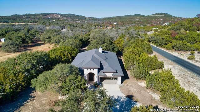 106 Rodeo Dr, Boerne, TX 78006 (MLS #1501250) :: Carolina Garcia Real Estate Group