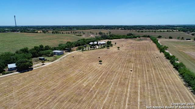 127 County Road 440, Hondo, TX 78861 (MLS #1501256) :: Neal & Neal Team