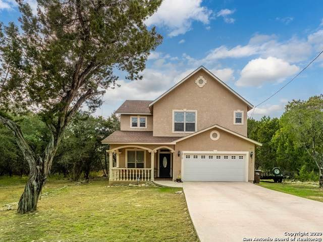 2810 Candlelight Dr, Canyon Lake, TX 78133 (MLS #1501302) :: Tom White Group