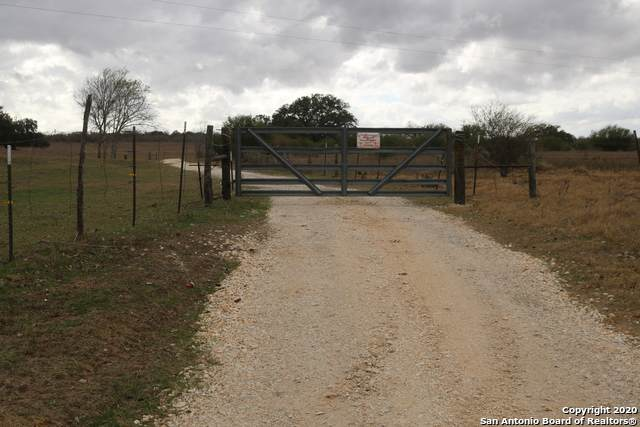 TRACT 2 Fair View Oaks, Floresville, TX 78114 (MLS #1501406) :: EXP Realty