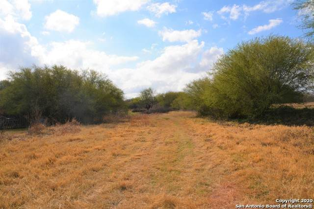 00 County Road 6753, Devine, TX 78016 (MLS #1501419) :: Neal & Neal Team