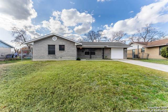 1835 Dellhaven Dr, San Antonio, TX 78220 (MLS #1501619) :: ForSaleSanAntonioHomes.com