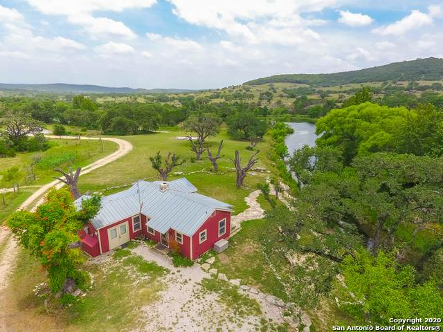 1284 Hills Of Bandera Rd, Bandera, TX 78003 (MLS #1501656) :: Carolina Garcia Real Estate Group