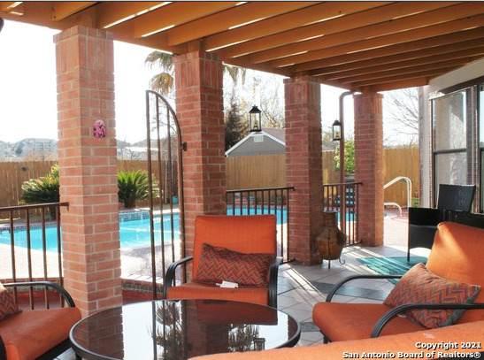 8202 Talkenhorn, Converse, TX 78109 (MLS #1501840) :: BHGRE HomeCity San Antonio