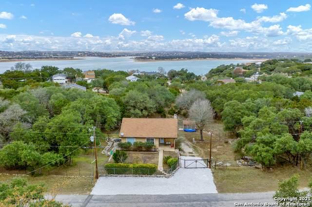 601 Circleview Dr, Canyon Lake, TX 78133 (MLS #1501923) :: BHGRE HomeCity San Antonio