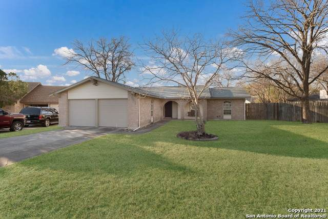 4551 Lakebend West Dr, San Antonio, TX 78244 (MLS #1502268) :: Alexis Weigand Real Estate Group
