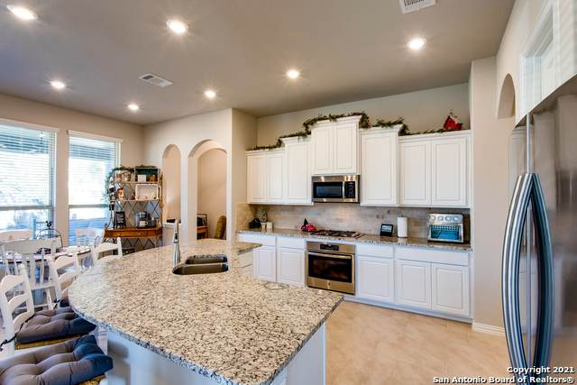 15229 Needles Ridge, San Antonio, TX 78245 (MLS #1502355) :: Tom White Group