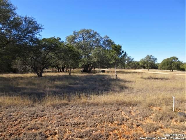 LOT 515 Palomino Springs, Bandera, TX 78003 (MLS #1502395) :: Real Estate by Design