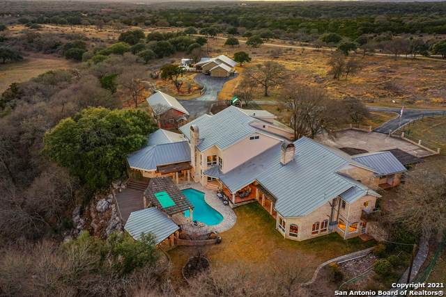 148 Cw Ranch Rd, Boerne, TX 78006 (MLS #1502418) :: Sheri Bailey Realtor