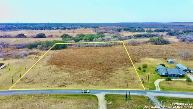 125 Shannon Ridge, Floresville, TX 78114 (MLS #1502585) :: The Rise Property Group