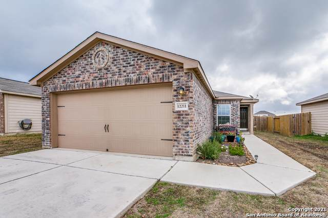 12211 Fish Hook, San Antonio, TX 78252 (MLS #1502915) :: The Rise Property Group