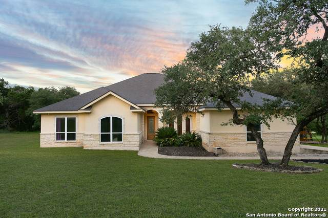 26807 Interstate 10 W, Boerne, TX 78006 (MLS #1503007) :: Santos and Sandberg