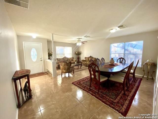 7323 Rustling Brook, San Antonio, TX 78249 (MLS #1503200) :: BHGRE HomeCity San Antonio