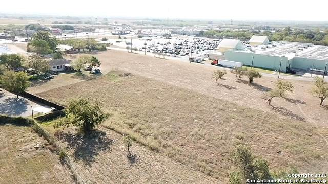 14930 Main St, Lytle, TX 78052 (MLS #1503392) :: Sheri Bailey Realtor