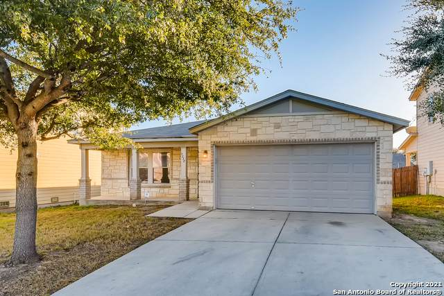 9118 Beech Grove, San Antonio, TX 78245 (MLS #1503426) :: JP & Associates Realtors