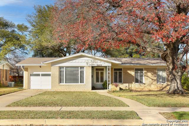 259 Latch Dr, San Antonio, TX 78213 (MLS #1503474) :: Carter Fine Homes - Keller Williams Heritage