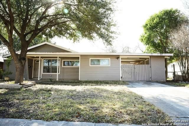 78 Storeywood Dr, San Antonio, TX 78213 (MLS #1503589) :: BHGRE HomeCity San Antonio