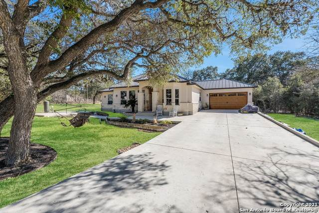 9820 Menchaca Rd, Helotes, TX 78023 (MLS #1503600) :: Keller Williams City View