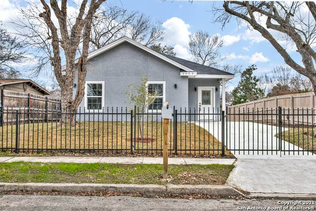 5502 Painted Horse St, San Antonio, TX 78242 (MLS #1503610) :: Tom White Group