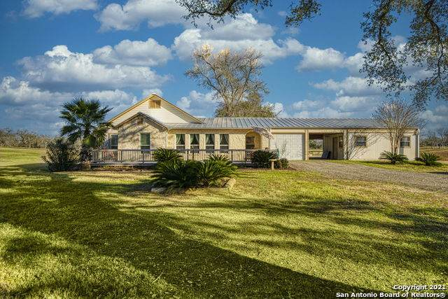 134 Cr 157, Floresville, TX 78114 (MLS #1503868) :: Exquisite Properties, LLC