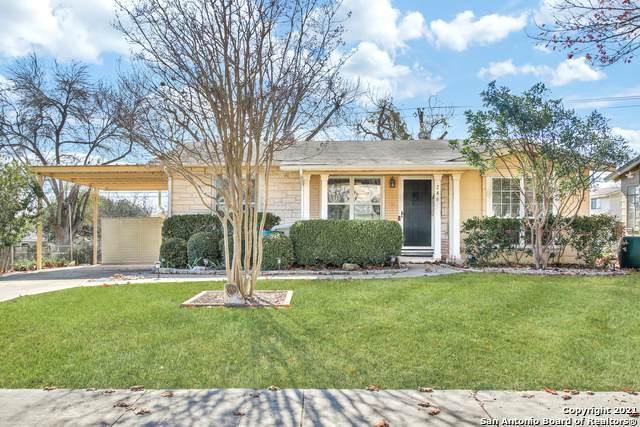 246 Lemur Dr, San Antonio, TX 78213 (MLS #1504053) :: Carter Fine Homes - Keller Williams Heritage