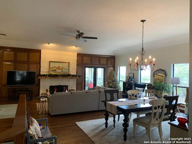 29339 Grand Coteau Dr, Fair Oaks Ranch, TX 78015 (MLS #1504117) :: Carolina Garcia Real Estate Group