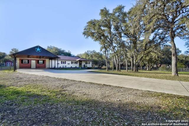332 County Road 381, San Antonio, TX 78253 (MLS #1504173) :: Real Estate by Design