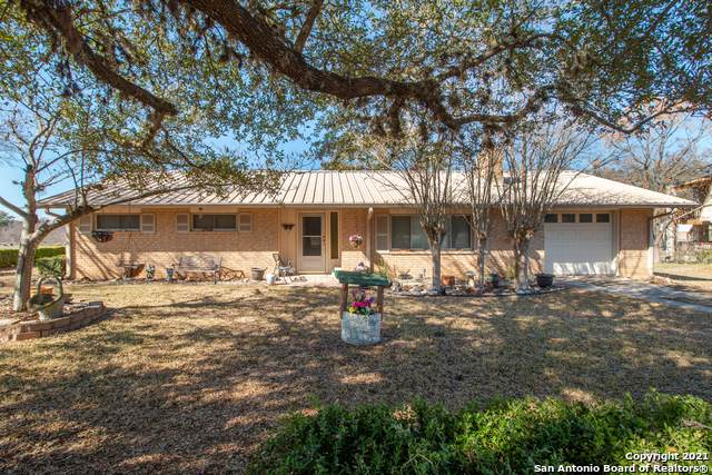 4249 State Highway 173 N, Bandera, TX 78003 (MLS #1504188) :: Santos and Sandberg