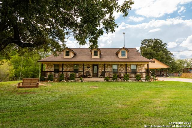 12330 Pearsall Rd, Atascosa, TX 78002 (MLS #1504208) :: Tom White Group