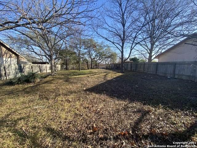 7810 Trumbal, Live Oak, TX 78233 (MLS #1504216) :: ForSaleSanAntonioHomes.com
