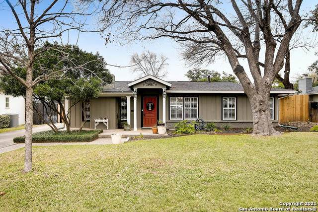 405 Garraty Rd, Terrell Hills, TX 78209 (MLS #1504251) :: Santos and Sandberg