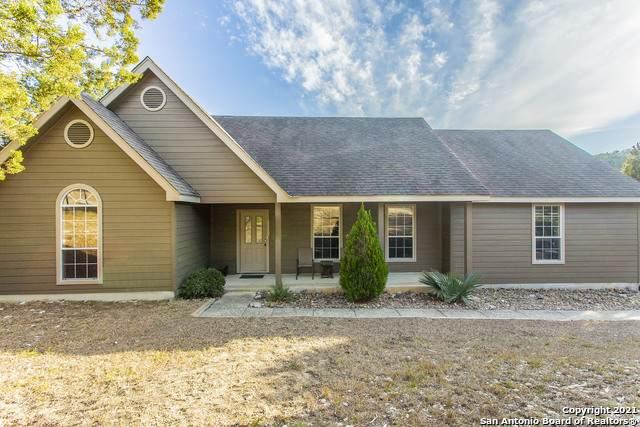 411 Sparkling Springs Dr, Boerne, TX 78006 (MLS #1504337) :: Keller Williams Heritage