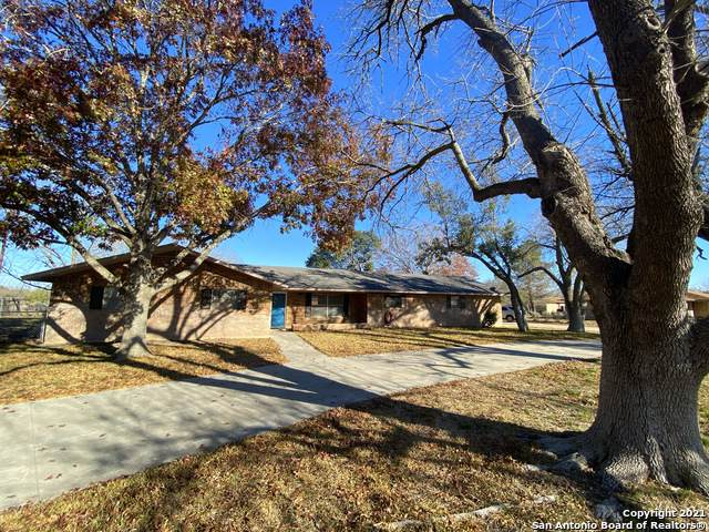 535 Ham Ln, Uvalde, TX 78801 (MLS #1504347) :: Concierge Realty of SA