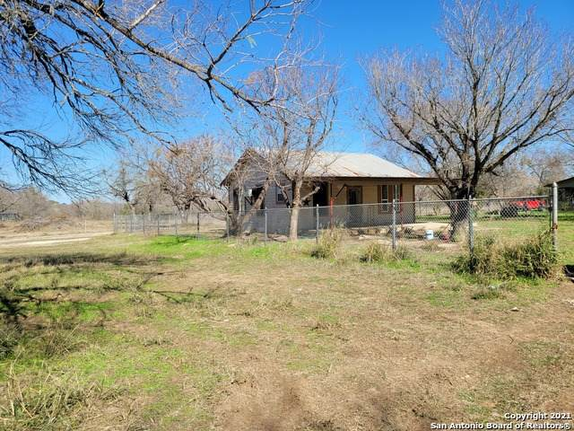 21110 # 4 S State Highway 16, Von Ormy, TX 78073 (MLS #1504406) :: Concierge Realty of SA