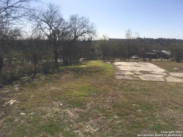 1667 Rigsby Ave, San Antonio, TX 78210 (MLS #1504464) :: The Gradiz Group