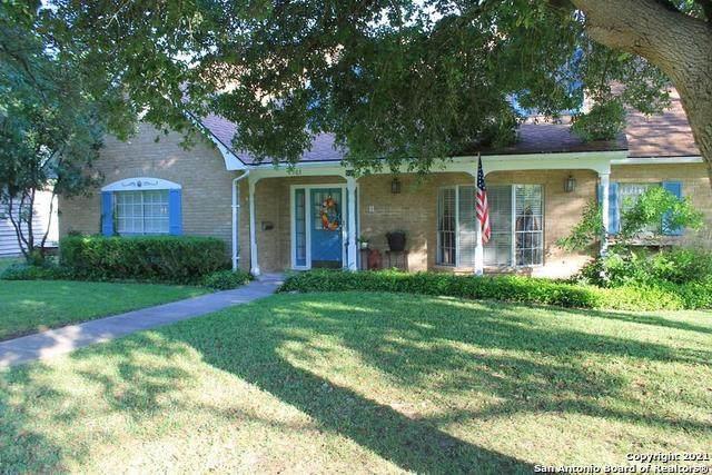 503 Minter St, Uvalde, TX 78801 (MLS #1504485) :: The Mullen Group | RE/MAX Access