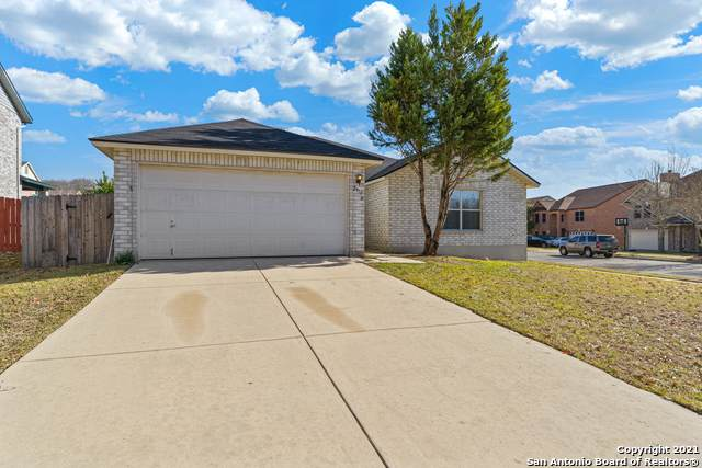 2913 Candleberry Dr, Schertz, TX 78154 (MLS #1504505) :: The Gradiz Group