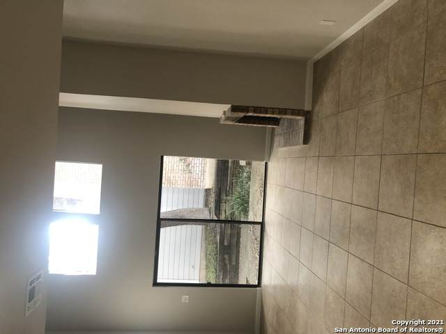 11001 Wurzbach Rd #402, San Antonio, TX 78230 (MLS #1504615) :: The Lopez Group
