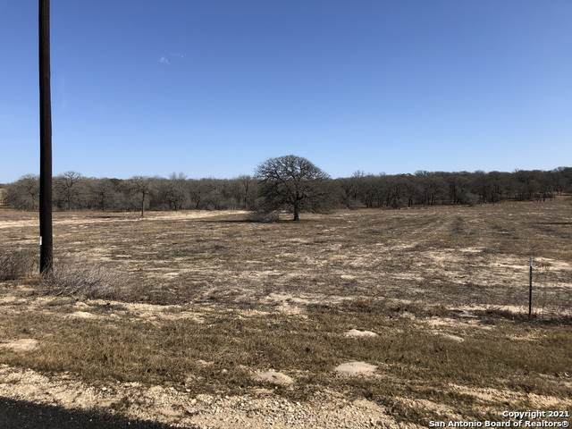 140 Settlement Dr, La Vernia, TX 78121 (MLS #1504647) :: Real Estate by Design