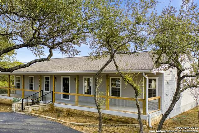 1076 Ewing Ct, Canyon Lake, TX 78133 (#1504825) :: The Perry Henderson Group at Berkshire Hathaway Texas Realty