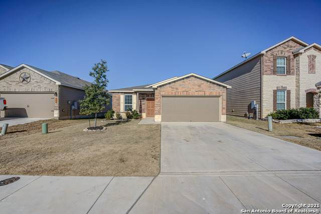 162 Texas Thistle, New Braunfels, TX 78130 (MLS #1504852) :: Santos and Sandberg