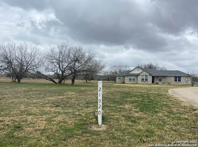 21920 Savannah Hts, Von Ormy, TX 78073 (MLS #1504955) :: Tom White Group