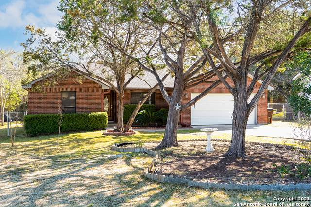 662 Spacious Sky, San Antonio, TX 78260 (MLS #1504972) :: Santos and Sandberg