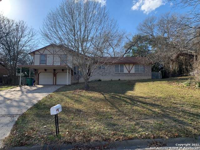 96 W Hampton Dr, Seguin, TX 78155 (MLS #1505002) :: Santos and Sandberg