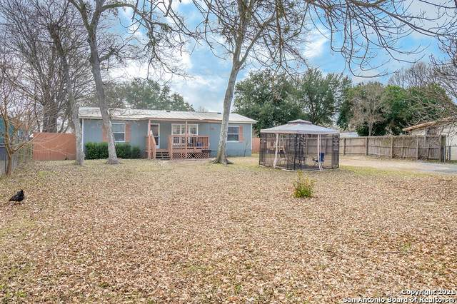 231 Woodcreek Cir, McQueeney, TX 78123 (MLS #1505030) :: 2Halls Property Team | Berkshire Hathaway HomeServices PenFed Realty