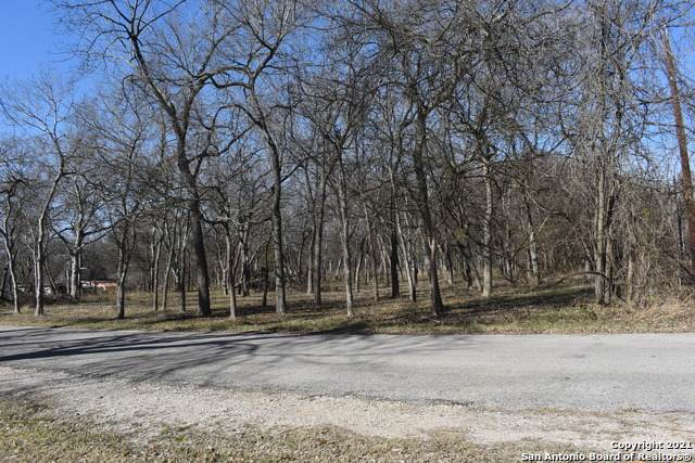 654 Gallagher Rd, McQueeney, TX 78213 (MLS #1505147) :: The Glover Homes & Land Group