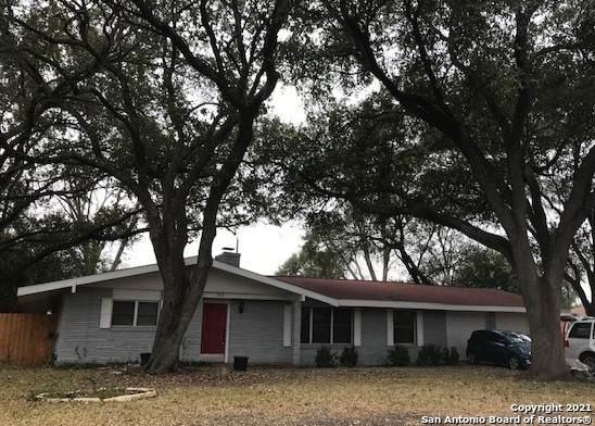 242 Windcrest Dr, Windcrest, TX 78239 (MLS #1505157) :: BHGRE HomeCity San Antonio