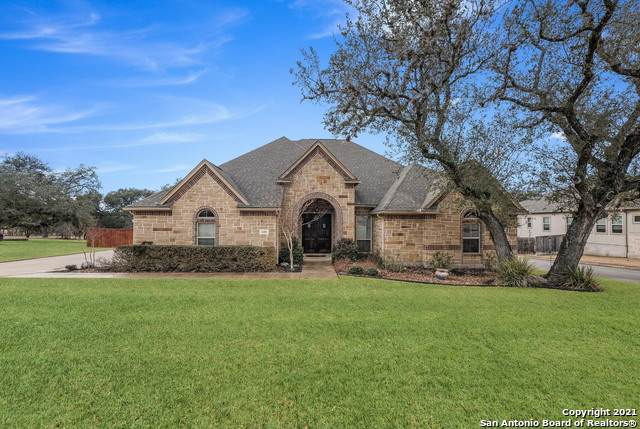 30306 Setterfeld Cir, Boerne, TX 78015 (MLS #1505318) :: The Gradiz Group