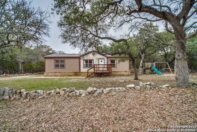 107 S Contour Dr, Spring Branch, TX 78070 (MLS #1505368) :: The Glover Homes & Land Group